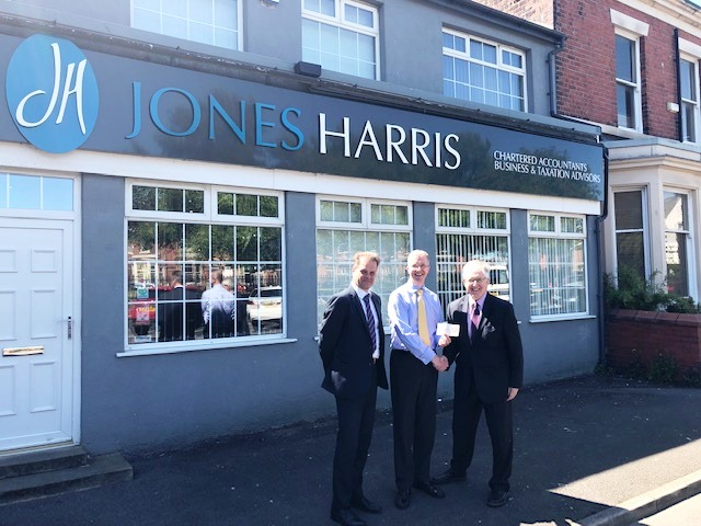 Jones Harris Donation Kick-starts Fleetwood Trust Appeal